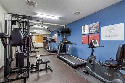 Fitness Facility | Comfort Suites Baytown