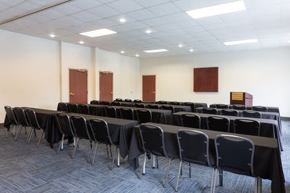 Meeting Facility | Holiday Inn Express Hotel & Suites Tampa-Fairgrounds-Casino