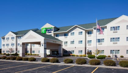Featured Image   Holiday Inn Express and Suites Stevens Point