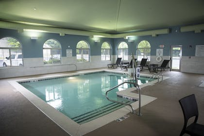 Pool | Holiday Inn Express Hotel & Suites Lexington-Downtown