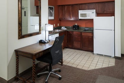 In-Room Kitchen | Residence Inn by Marriott Fort Worth Cultural District