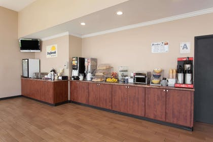 Property Amenity | Days Inn by Wyndham San Diego-East/El Cajon