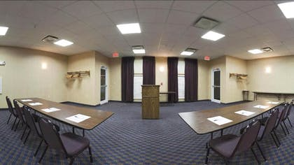 Meeting Facility | Holiday Inn Express & Suites Maryville