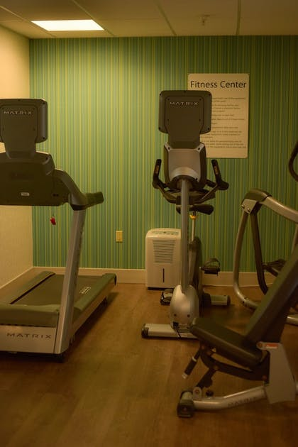 Fitness Facility | Holiday Inn Express & Suites Maryville