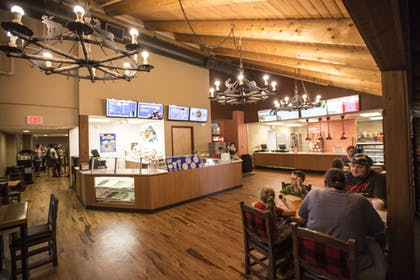 Restaurant | Great Wolf Lodge Sandusky OH