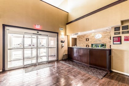 Lobby | Comfort Suites South