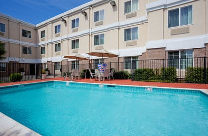 Pool | Holiday Inn Express Hotel & Suites Livermore