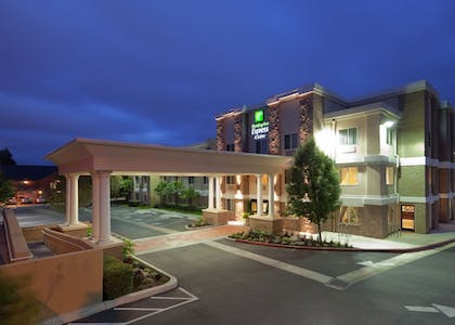 Featured Image | Holiday Inn Express Hotel & Suites Livermore