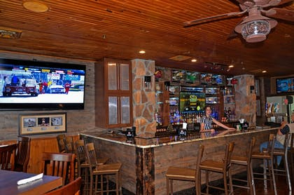 Sports Bar | Westgate Branson Woods Resort and Cabins