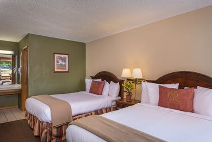 Guestroom | Westgate Branson Woods Resort and Cabins