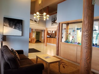 Lobby Sitting Area | Friday Harbor Suites