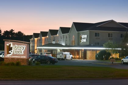 Featured Image | Stoney Creek Hotel & Conference Center Wausau