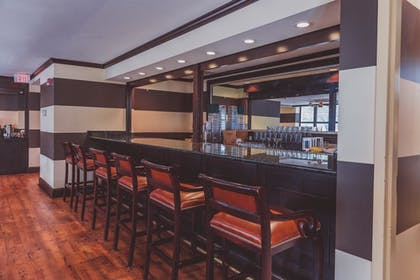 Hotel Bar | The Parkview Hotel, BW Premier Collection