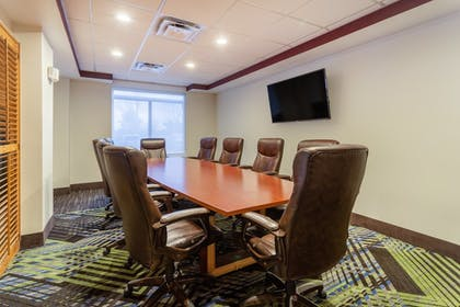 Meeting Facility | Holiday Inn Express & Suites Cedar Falls - Waterloo