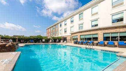 Pool | Holiday Inn Express Hotel & Suites Conroe I-45 North