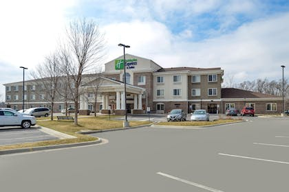 Exterior | Holiday Inn Express & Suites Omaha West