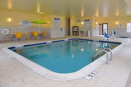 Pool | Holiday Inn Express & Suites Omaha West
