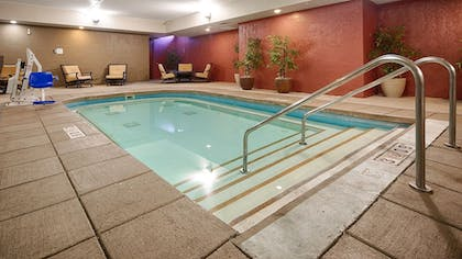 Indoor Spa Tub | Best Western Plus Sandusky Hotel & Suites