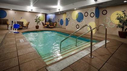Pool | Best Western Plus Sandusky Hotel & Suites