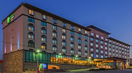 Exterior   Holiday Inn Express Hotel & Suites Fort Worth Downtown