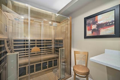 Sauna | Lemon Tree Hotel & Suites Anaheim