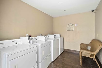 Laundry Room | Lemon Tree Hotel & Suites Anaheim