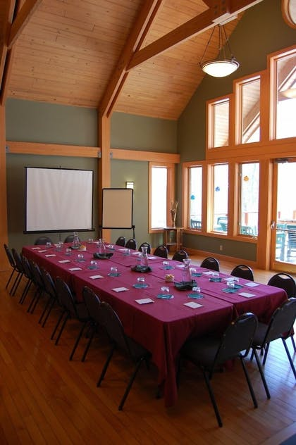 Meeting Facility | Minnewaska Lodge