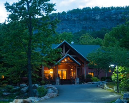 Hotel Front - Evening/Night | Minnewaska Lodge