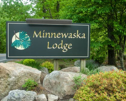 Exterior detail | Minnewaska Lodge