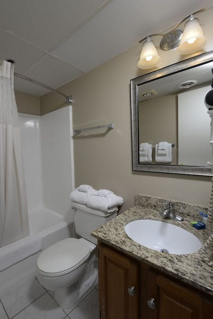 Bathroom | Marigot Beach Suites - Oceanfront