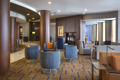 Lobby | Courtyard by Marriott Boston-South Boston