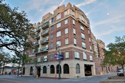 Exterior | Hilton Garden Inn Savannah Historic District