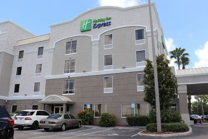 Exterior | Holiday Inn Express Hotel & Suites Clearwater/Us 19 N