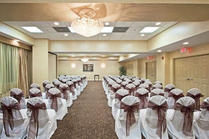 Meeting Facility | Holiday Inn Express Hotel & Suites Clearwater/Us 19 N