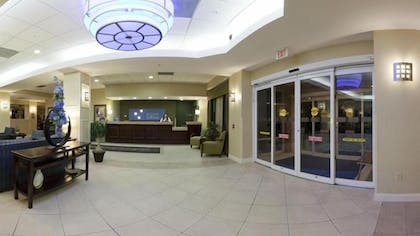 Interior Entrance | Holiday Inn Express Hotel & Suites Clearwater/Us 19 N