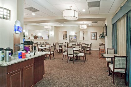 Restaurant | Holiday Inn Express Hotel & Suites Clearwater/Us 19 N
