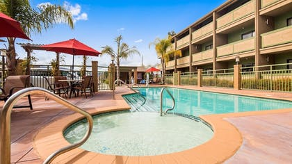 Pool | Best Western Plus Forest Park Inn