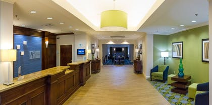 Lobby | Holiday Inn Express Hotel & Suites Montgomery E - Eastchase