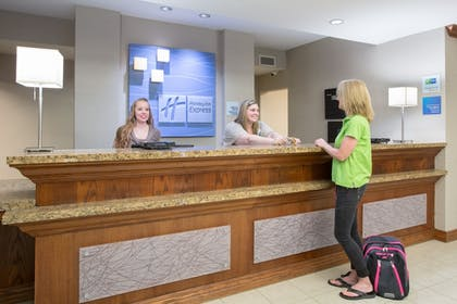Reception | Holiday Inn Express Hotel & Suites Concordia