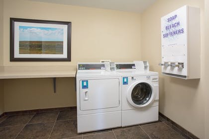 Laundry Room | Holiday Inn Express Hotel & Suites Concordia