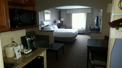 Guestroom View | Holiday Inn Express Hotel & Suites Concordia
