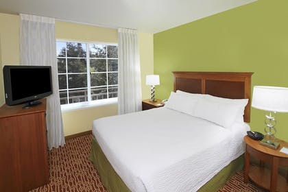 Guestroom | TownePlace Suites by Marriott San Jose Campbell