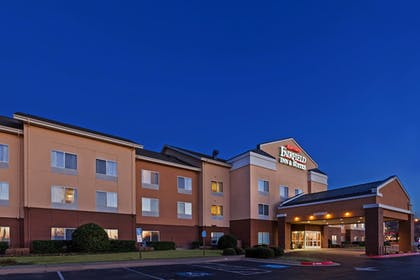 Featured Image | Fairfield Inn & Suites by Marriott Rogers