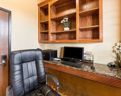 Business Center | Comfort Suites McAllen