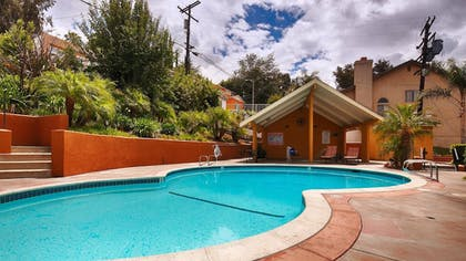 Pool | Best Western Woodland Hills Inn