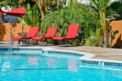 Outdoor Pool | Best Western Woodland Hills Inn