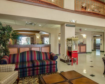 Lobby | Sleep Inn & Suites Springdale West