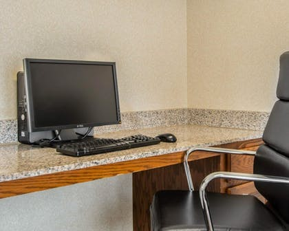 Business Center | Sleep Inn & Suites Springdale West