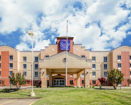 Featured Image | Sleep Inn & Suites Springdale West