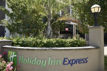 Miscellaneous | Holiday Inn Express® Windsor Sonoma Wine Country